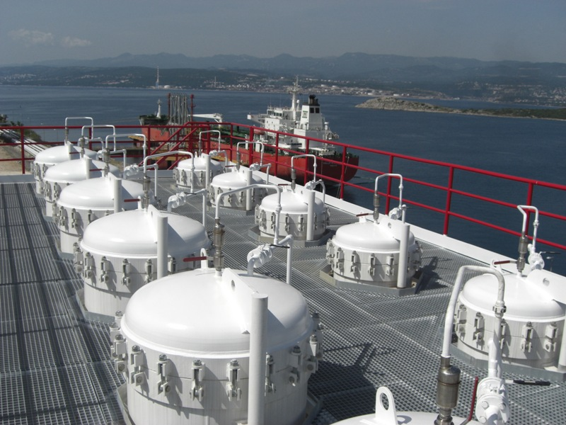 Securing Fuel Quality At Ship And Barge Unloading